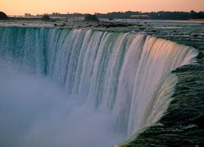 Ниагарский Водопад – природный памятник США